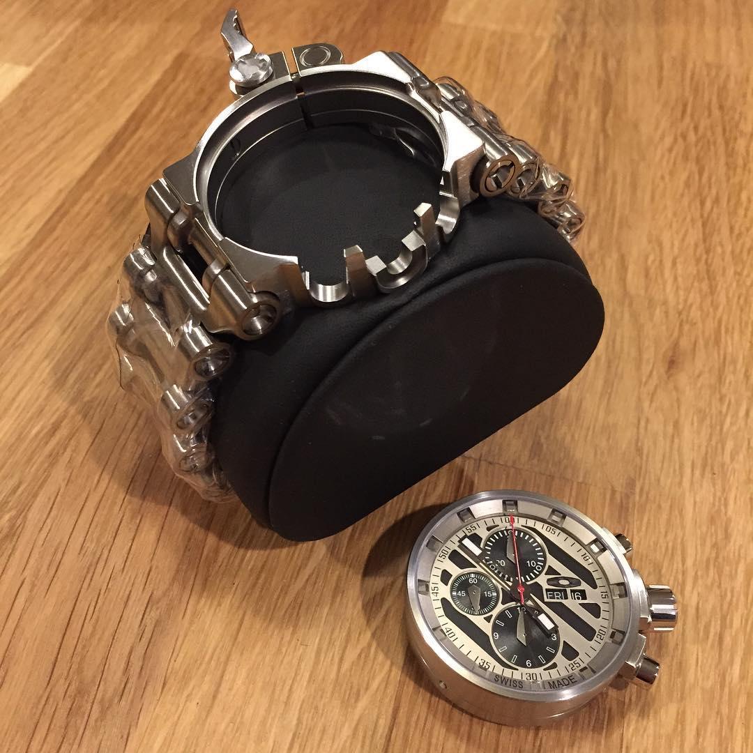 Механизм часов: Oakley Elite