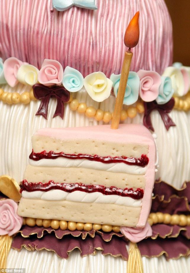Детали торта Марии-Антуанетты